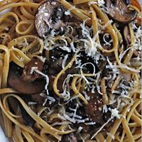 mushroom-black-garlic-linguine